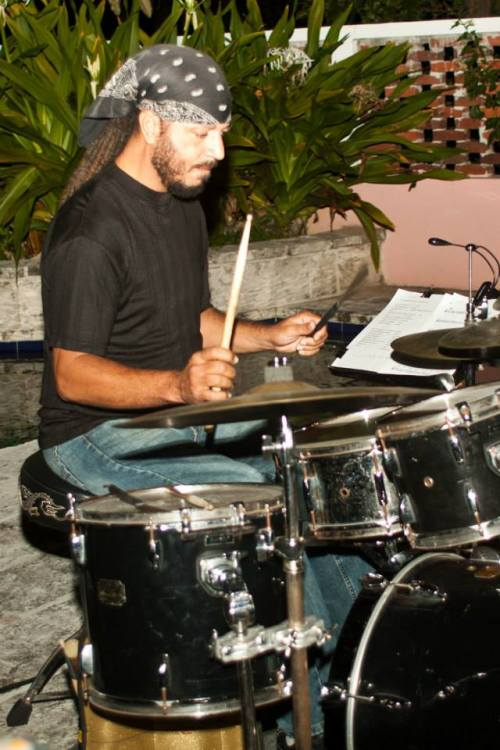kevin-dean-on-drums-at-jazz-at-jacaranda_n