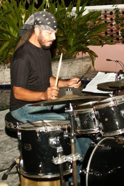 kevin-dean-on-drums-at-jazz-at-jacaranda_n